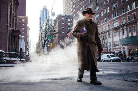 street photo tip making of smokey coat