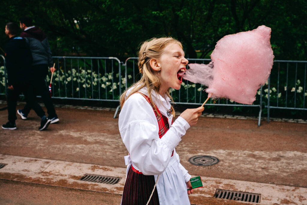 "Making Of ""Girl with Candy Floss"" Interview with Damian Milczarek"